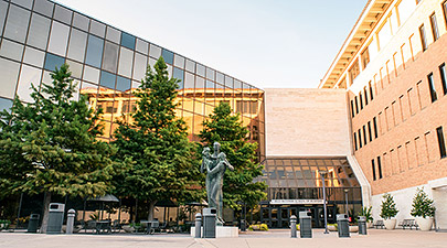 University of Texas McCombs School of Business - mbaMission
