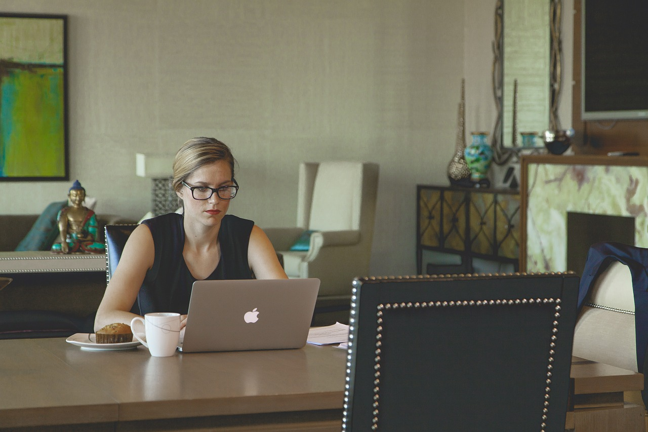 Get an Early Start on Your Resume - mbaMission
