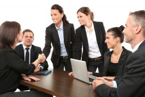 MBA Career News: Evaluating Job Offers - mbaMission