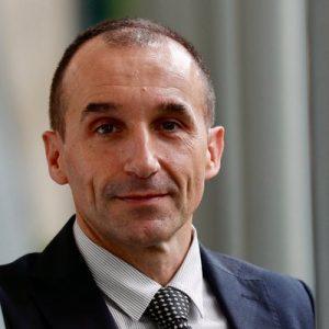 Professor Profiles: Antonio Fatas, INSEAD - mbaMission